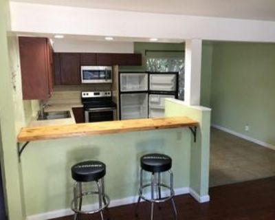 15 Klondike Ct #B, Chico, CA 95926 4 Bedroom Apartment