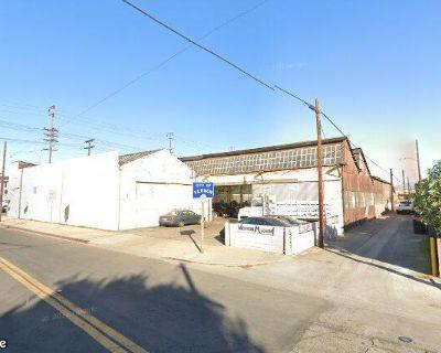 5408-5412 S Santa Fe Ave