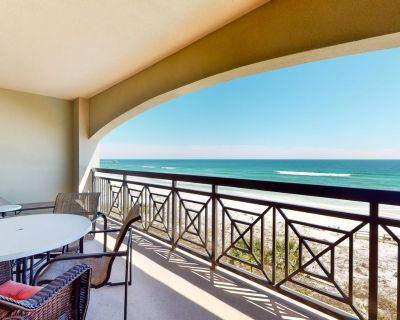 Gorgeous Gulf Front Condo! Pools Onsite, Nearby Activities, Shops, Restaurants! - Okaloosa Island