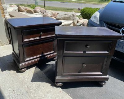 2 gorgeous diy side tables both for 129.00