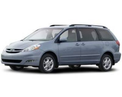 2008 Toyota Sienna LE 7-Passenger FWD