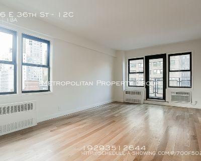 No Fee~ Beautiful, Sunny 1 Bedroom W/ Terrence In Pre-war Doorman, Gym, Elevator, Laundry Building!
