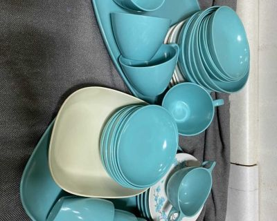 Large lot of turquoise Melmac