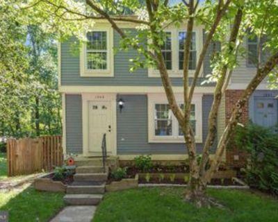 1549 Bennington Woods Ct, Reston, VA 20194 3 Bedroom Apartment