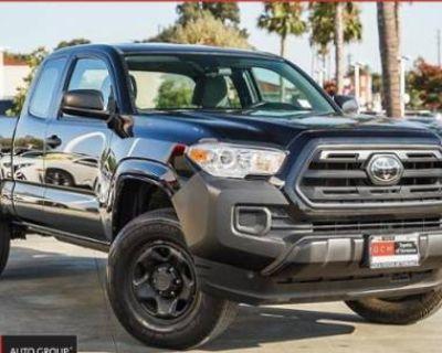 2018 Toyota Tacoma SR