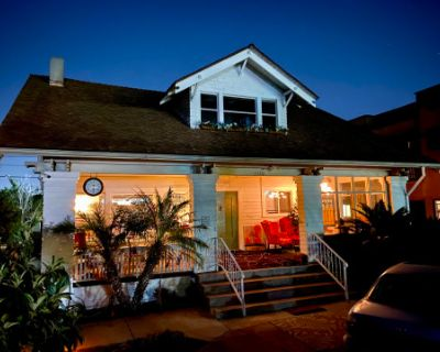 Wonderful Historic 1906 Craftsman House in The City of Los Angeles's Historic Neighborhoods., Los Angeles, CA