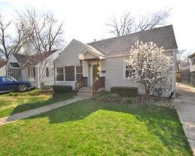 9112 S 53rd Ct, Oak Lawn, IL 60453 3 Bedroom House