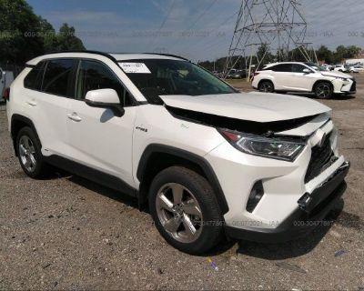 Salvage White 2021 Toyota Rav4