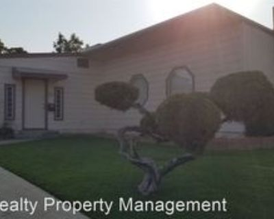 223 Lowell Dr, Bakersfield, CA 93308 2 Bedroom House