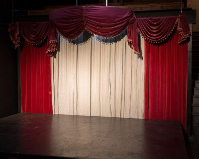 Charming, old-fashioned black box theater, Los Angeles, CA