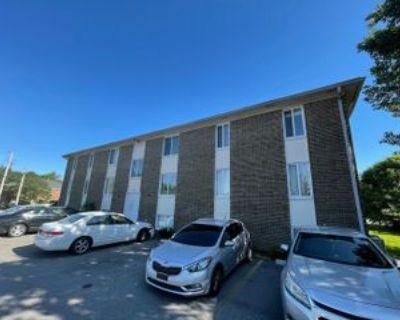 9800 Michael Edward Dr #11, Louisville, KY 40291 2 Bedroom Apartment