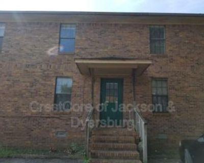 10 Brianfield Cv #C, Jackson, TN 38305 1 Bedroom Condo
