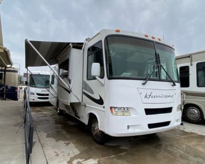 2006 Fourwinds Hurricane 31D motorhome