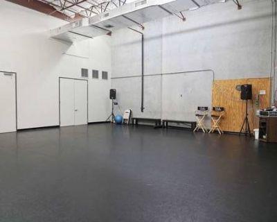 Open Floor Studio Space, Stafford, TX