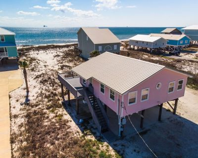 Something New, Newly Renovated 2 Bedroom Pet-Friendly Beachfront Home! - Fort Morgan