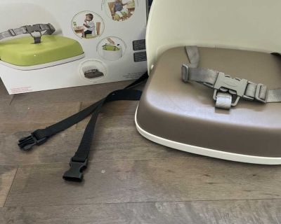 Tot high chair/booster seat