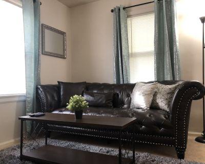 Stay Awhile! welcoming 2 Bedroom 1 bath home - Dayton
