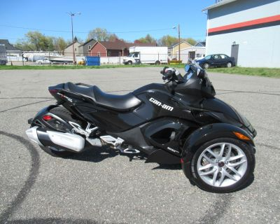 2016 Can-Am Spyder RS SM5 3 Wheel Motorcycle Springfield, MA