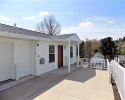 27 Rear Fairview St, Uniontown, PA 15401 1 Bedroom Apartment