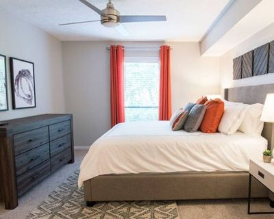 Luxury Vibes Suite - Entire Apt - The Battery ATL - Cumberland