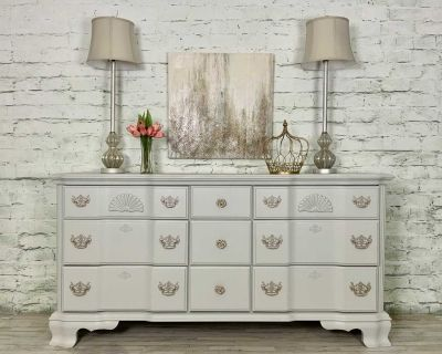Graceful curves & lovely details on this triple dresser. Nightstand and mirror available for additional cost