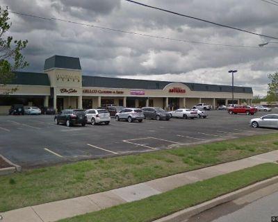 Oakwood Plaza