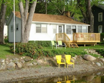 HONEOYE LAKE - Reserve Your 2021 Vacation at a Cozy Lakefront Cottage - Honeoye