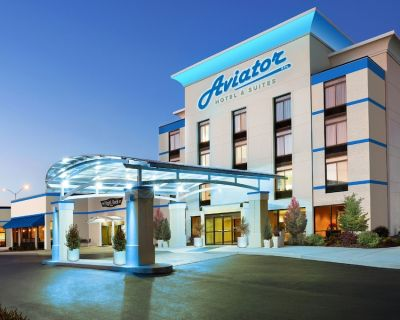 Aviator Hotel & Suites, BW Signature Collection - Mehlville