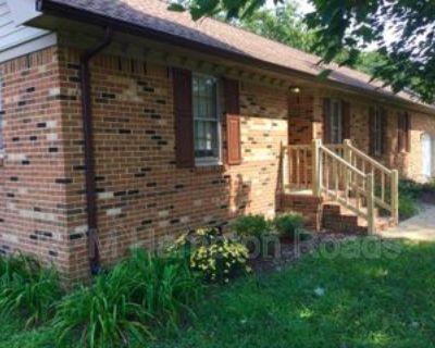 816 Sugar Maple Ln, Chesapeake, VA 23322 4 Bedroom House