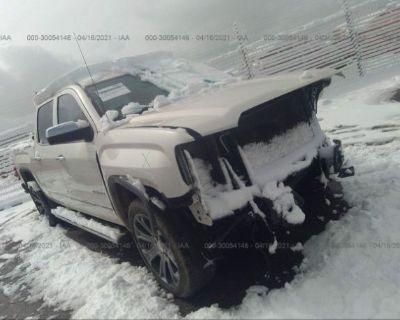 Salvage White 2015 Gmc Sierra 1500