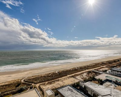 New listing! Oceanfront condo w/shared pools, hot tub, sauna, & ice rink! - North Ocean City