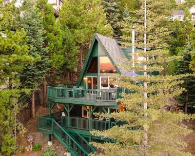 Wildhaven by AvantStay | Stunning A-Frame Home w/ Gorgeous Views & Game Room - Blue Jay