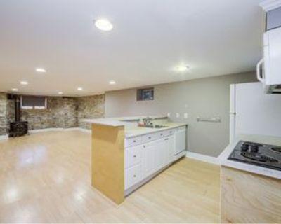 15 Dalton Rd #LOWERUNIT, Toronto, ON M5R 2Y8 1 Bedroom Apartment