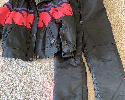 women's sz L ski doo jacket a bib ski pants