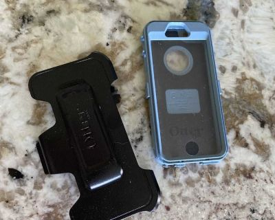 Free with porch pick up OtterBox case and carry and clip for older iPhone