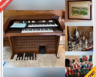 Kingwood Estate Sale Online Auction - Southern Hills Drive
