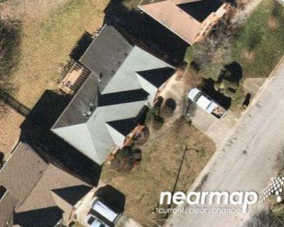 5 Bed 3.5 Bath Preforeclosure Property in Chesapeake, VA 23320 - Hidden Falls Ln
