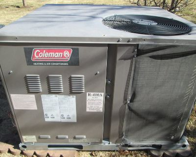 Great Running Colman Package Unit With Furnace & Air Conditioning