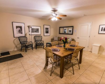 Summerwinds- Family Double Bed Suite #5 - Deerfield Beach