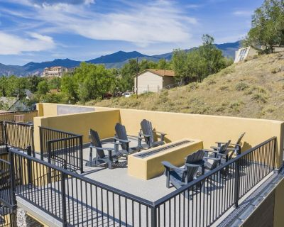 Downtown Skyline   Rooftop Patio   Modern Townhome - Old Colorado City