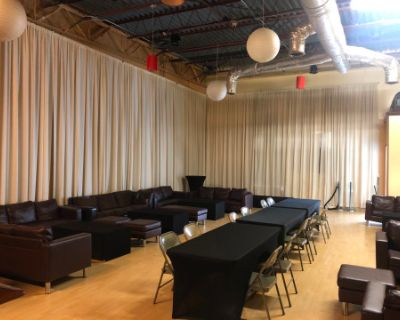Contemporary West Midtown Studio with High Ceilings, LED lighting, drapes, and stages!, Atlanta, GA