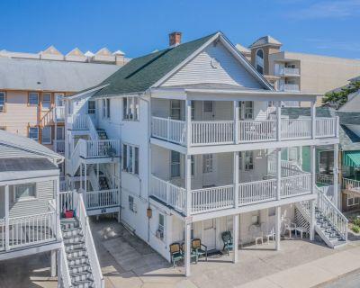 Cozy Oceanside one Bedroom Apartment - Ocean City
