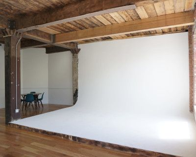Historic Brick studio Featuring Classic Cyc Wall and Elegant Walls, Brooklyn, NY