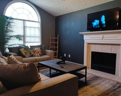FAMILY HOME, 5 Bed Rooms King Bed, Family FUN - Atlanta