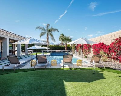 WALK 2 COACHELLA - heated resort style pool+spa+volleyball+firepit+putting green - Indio