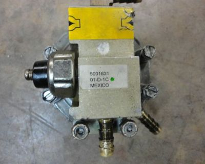 00' Evinrude Ficht Ram Direct 200 Oil Lift Pump 5001831 .@@@check This Out@@@