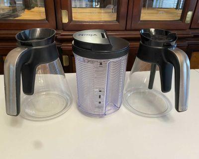 SET of Ninja coffee maker water reservoir + 2 carafes