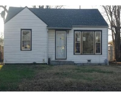 3 Bed 1.0 Bath Preforeclosure Property in Wichita, KS 67211 - S Greenwood Ave