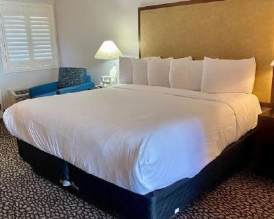 KD - Deluxe Room, 1 King Bed - Morro Bay