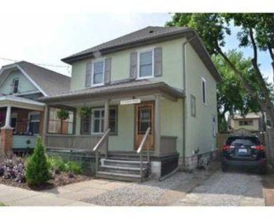 103 Chaplin Avenue, St. Catharines, ON L2R 2E8 4 Bedroom House